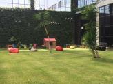 Jardim interior preparado para uma festa de aniversário - Encantos de Coimbra