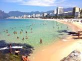 Praia do Leme e Copacabana no Rio de Janeiro - Aina Turismo