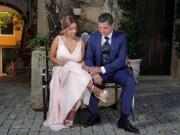 Noivos a contemplar as suas alianças de casamento - Isilda Murteira Fotografia