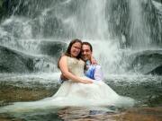 Depois de casados na cascata - J Oliveira Photographer