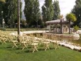 Cadeiras colocadas para casamento civil na Quinta das Acácias - Quinta das Acácias