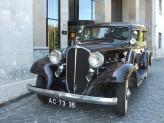 Buick de 1933 (beje escuro, fechado) - Genésio Domingos Laranjo