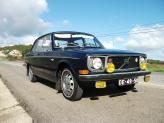 Volvo 144 de 1972 (azul, fechado) - Genésio Domingos Laranjo